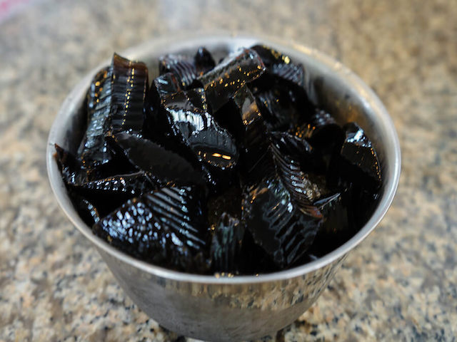 grass-jelly-dessert